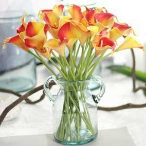 Искусственные цветы лилия - свадебные украшения