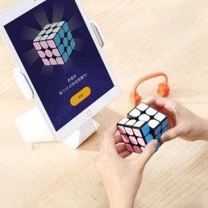 Умный кубик-рубик от Xiaomi
